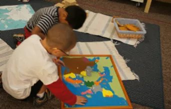 children learning geography